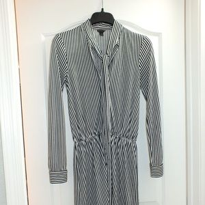 Ann Taylor XS Black & White Dress